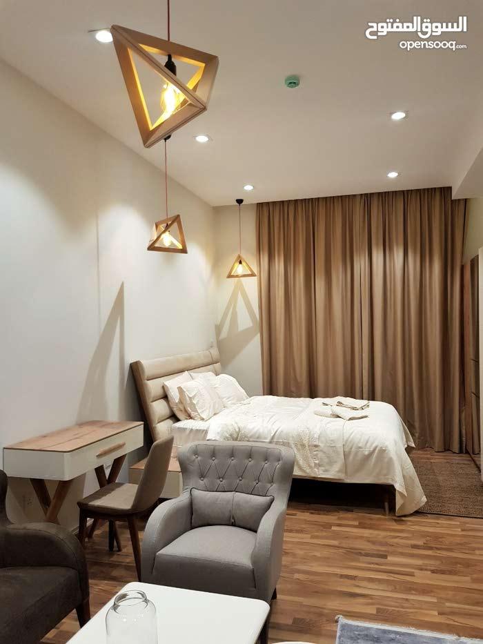 Fully Furnished Luxury Studio استوديو فخم مقابل مستشفى الملك حمد