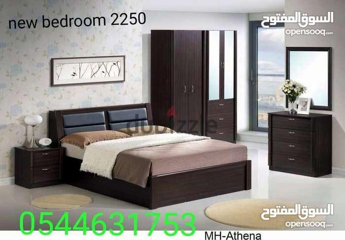 غرفة نوم مجموعة جديدة لون قوي جدا كثيرة متاحة مثل الأسود والبني وغيرها الكثير