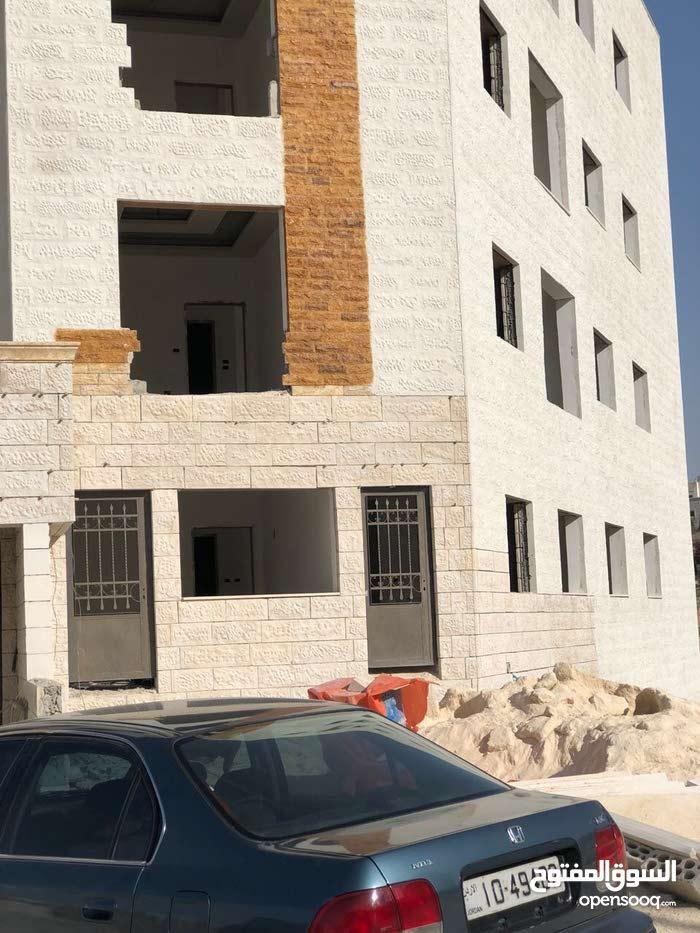 شقه حديثة البناء في ابو علندا للبيع كاش فقط