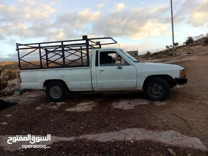 1 - 9,999 km Toyota Hilux 1984 for sale