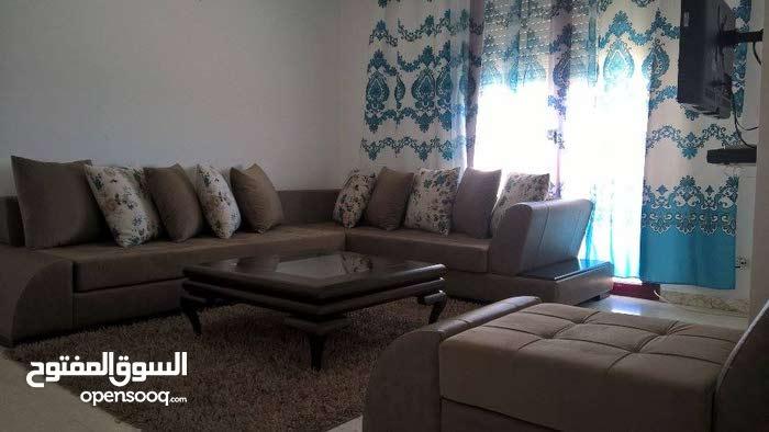 """شقة مفروشة للكراء  بحي النصر 2  """"صالة وغرفة """""""