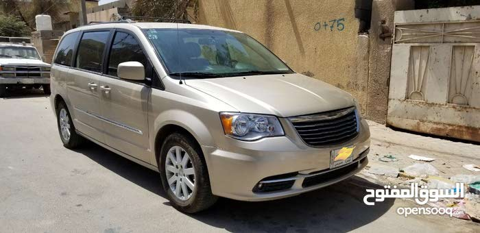 2014 Chrysler Town & Country for sale in Basra