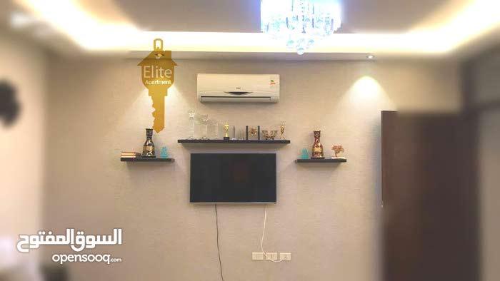 شقه طابق ارضي للبيع في الاردن - عمان - شارع المدينه المنوره بمساحه 180 متر