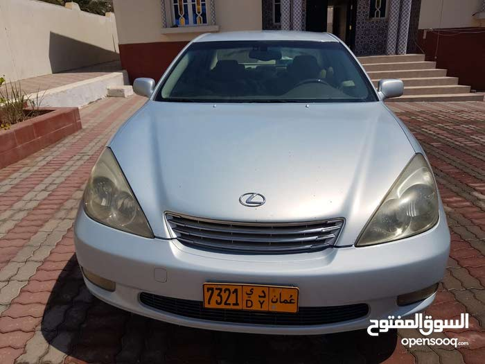 Automatic Lexus 2004 for sale - Used - Saham city