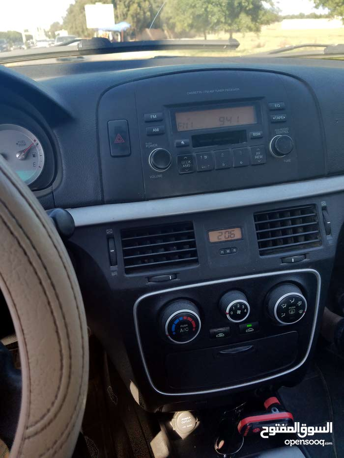 Automatic Hyundai 2007 for rent - Tripoli