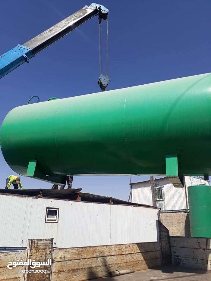 يوجد لدينا تنكات مياه 7 متر ونص ب 400 وتنكات 10 متر جاهز مدهون  حديد 2 ميلي 500