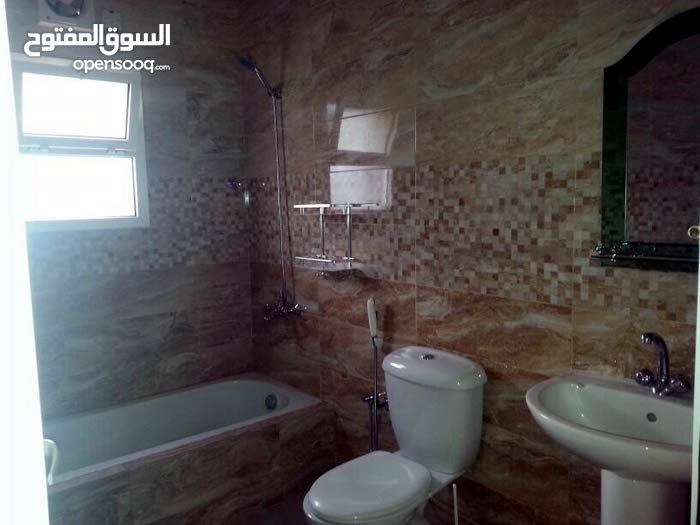 Luxurious 662 sqm Villa for sale in SeebMawaleh South