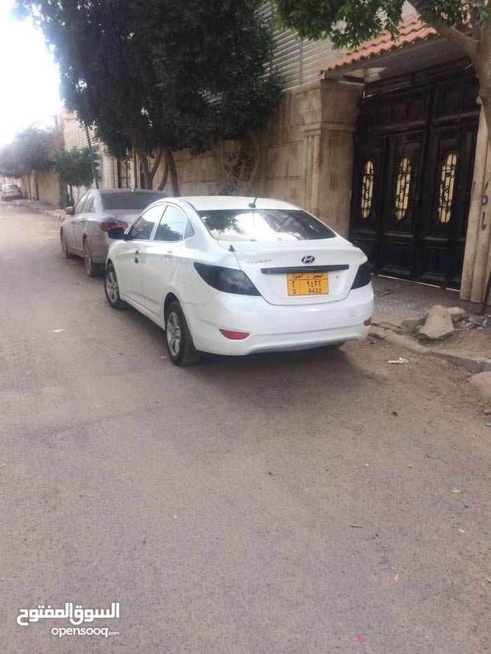سيارة اكسنت ماشاءالله نظيف كما في الصور سعرهع4500$ قابل لتفاوض بل معقول