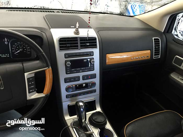 Lincoln MKX 2010 in Abu Dhabi - Used