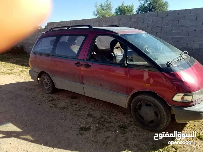 Used Toyota Previa for sale in Tripoli