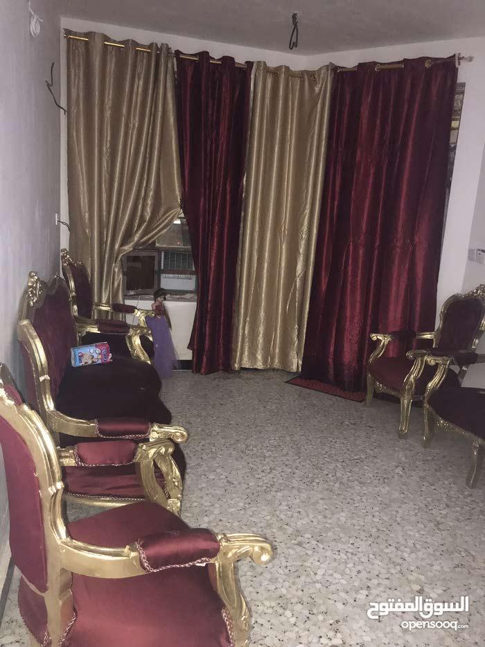 neighborhood Baghdad city - 100 sqm house for sale