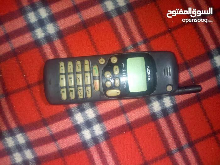 هاتف نوكيا قديم