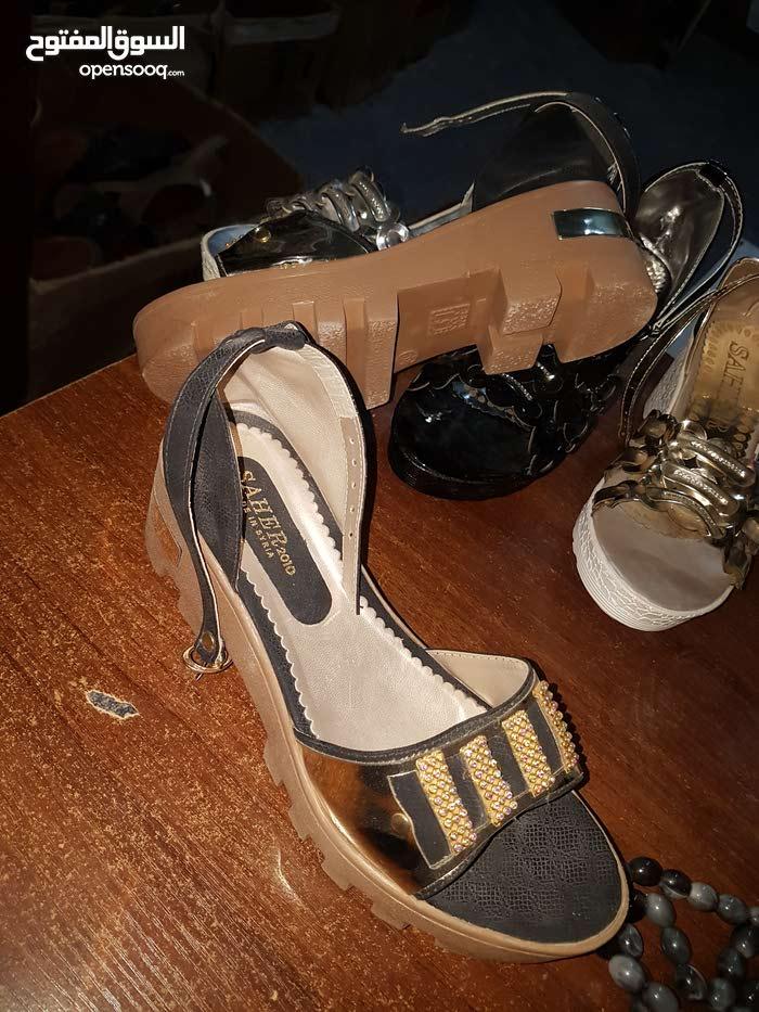 احذية (صنادل سورية للبيع)