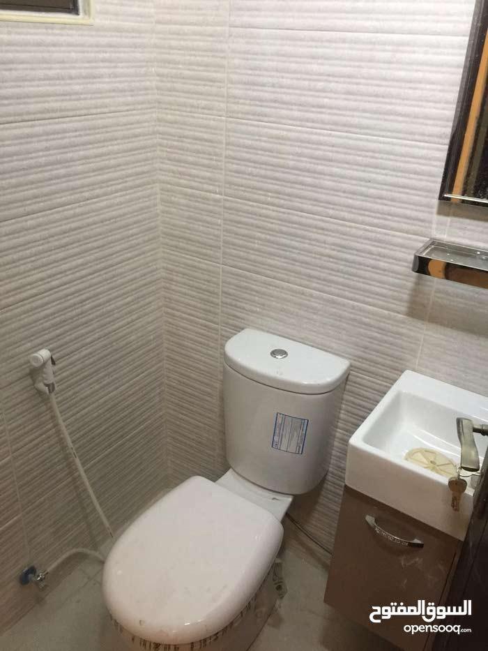 شقق جديدة لم تسكن السابع خلف كوزمو 2نوم صالون متوفر أكثر من شقة بنفس البناية