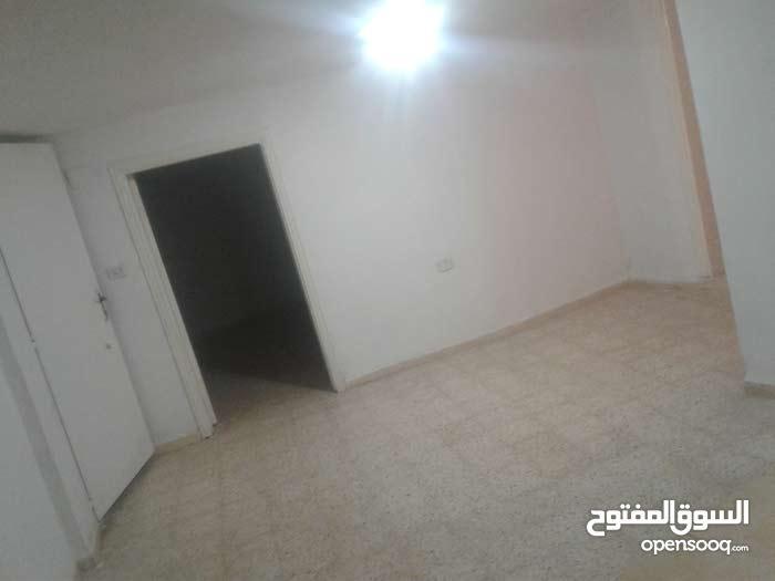 شقة للإيجار في حي القادسية