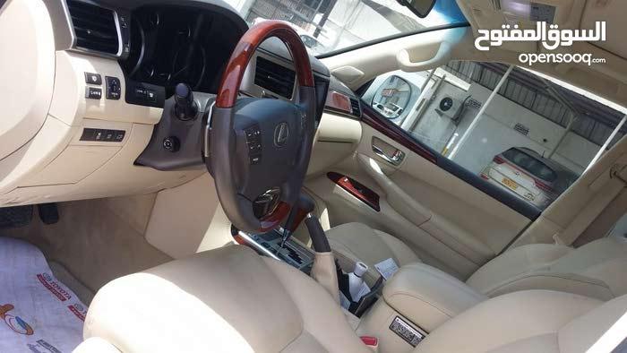 Lexus LX car for sale 2012 in Suwaiq city