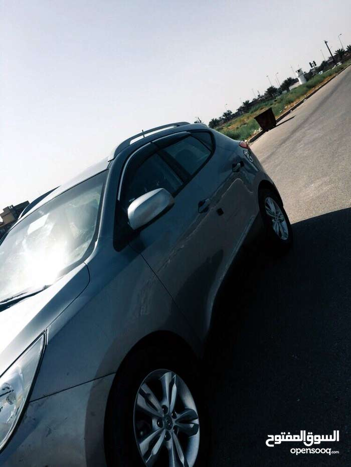 Hyundai Tucson made in 2011 for sale
