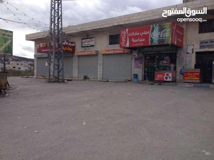 محلات تجارية مجهزة بالديكور مع سدد على كامل المحل، -شارع حوارة -نابلس-القدس-رام الله