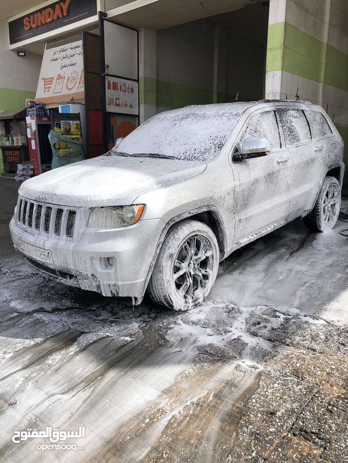 Available for sale!  km mileage Jeep Grand Cherokee 2011