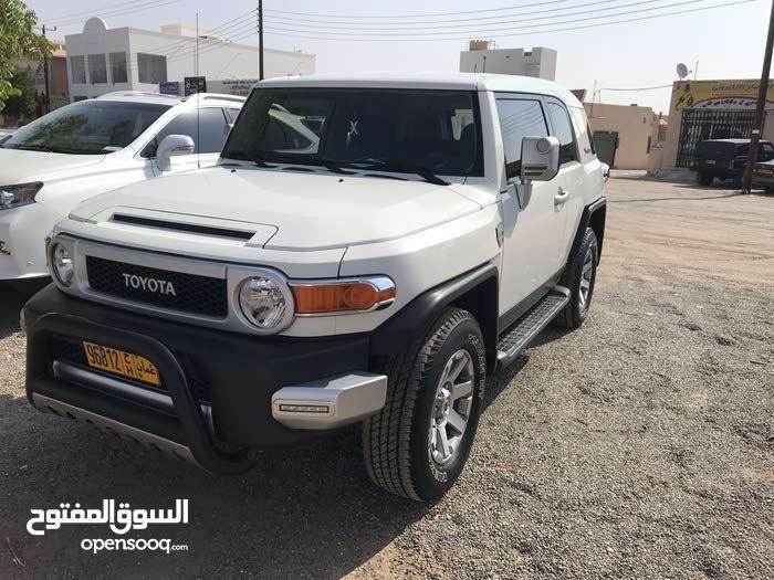 White Toyota FJ Cruiser 2014 for sale