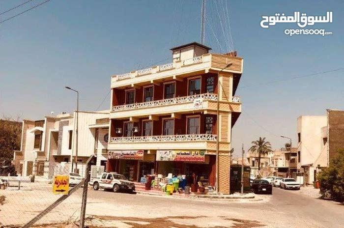 محل للايجار في حي القادسية