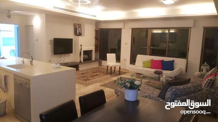 شقة فاخرة ستوديو للايجار في ديرغبار