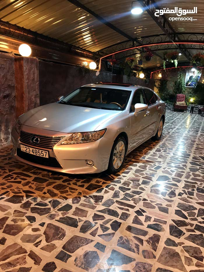 2014 Lexus in Ramtha