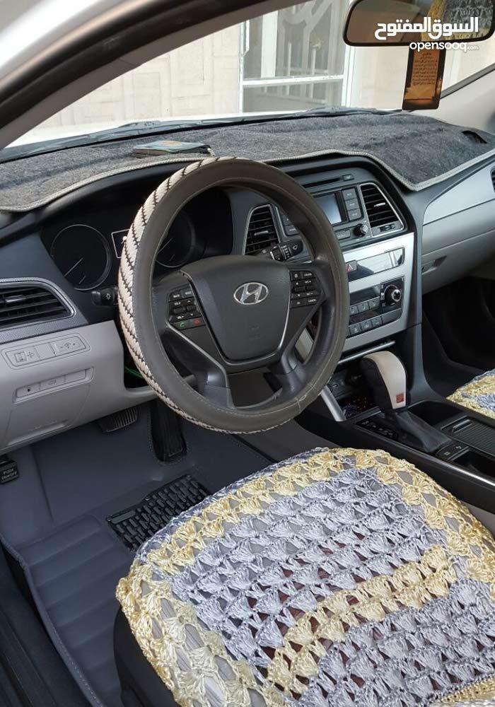 Hyundai Sonata 2015 in Baghdad - Used