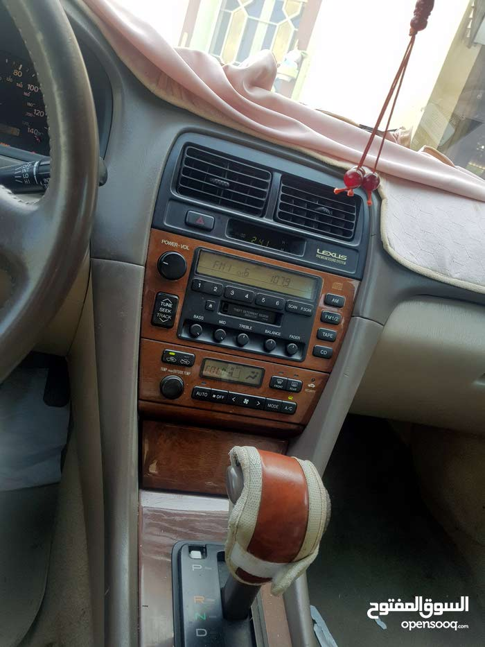 Lexus ES car for sale 2000 in Muscat city