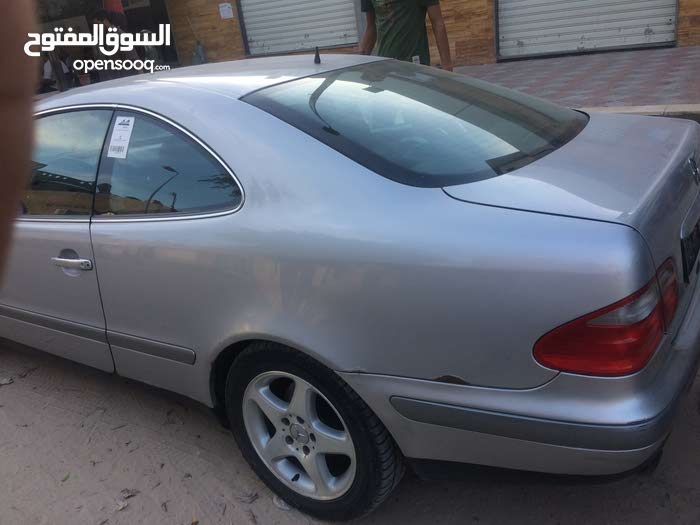 Used 2002 E 200 in Tripoli