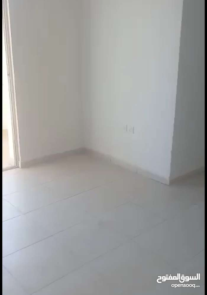 Second Floor  apartment for sale with 4 rooms - Aqaba city