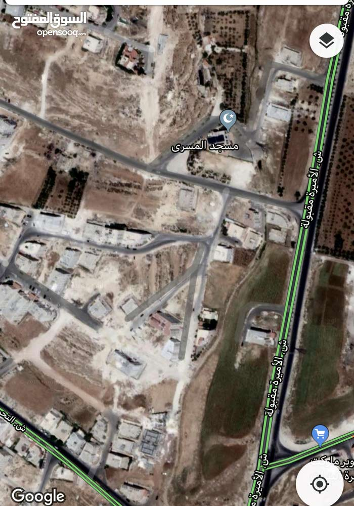 ارض في البنيات قرب مسجد المسرى 500م واجهه 22م شارع 14م عالية