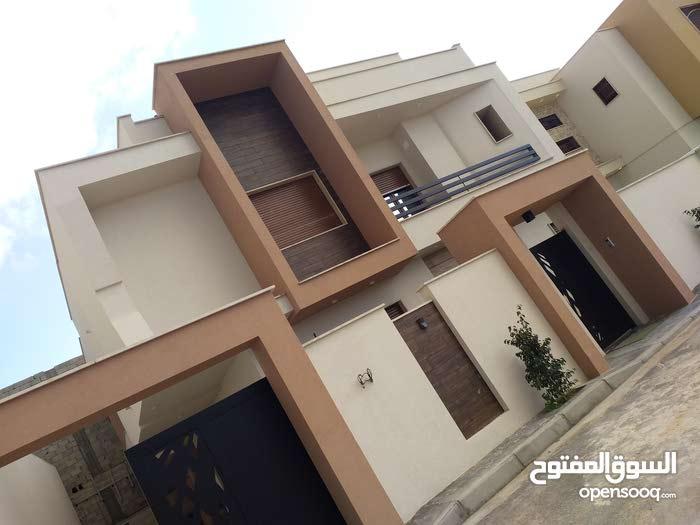 Luxurious 480 sqm Villa for sale in TripoliAin Zara