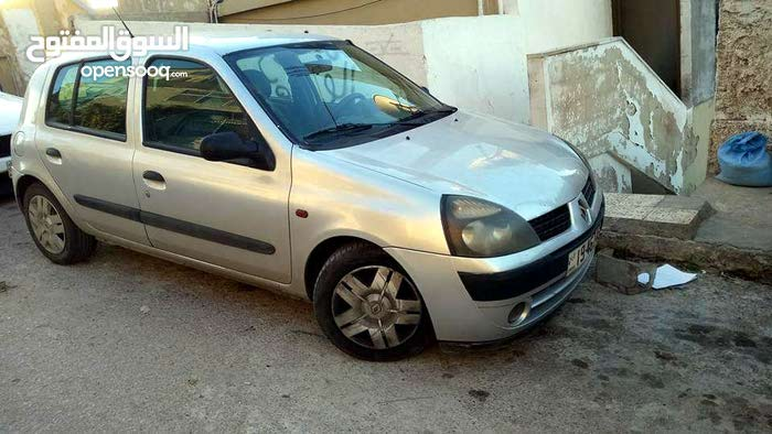 Manual Renault 2002 for sale - Used - Amman city