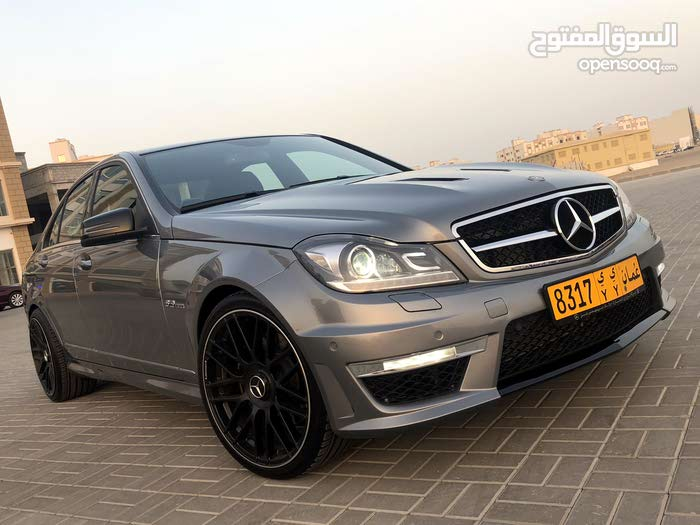 For sale 2014 Grey C 300