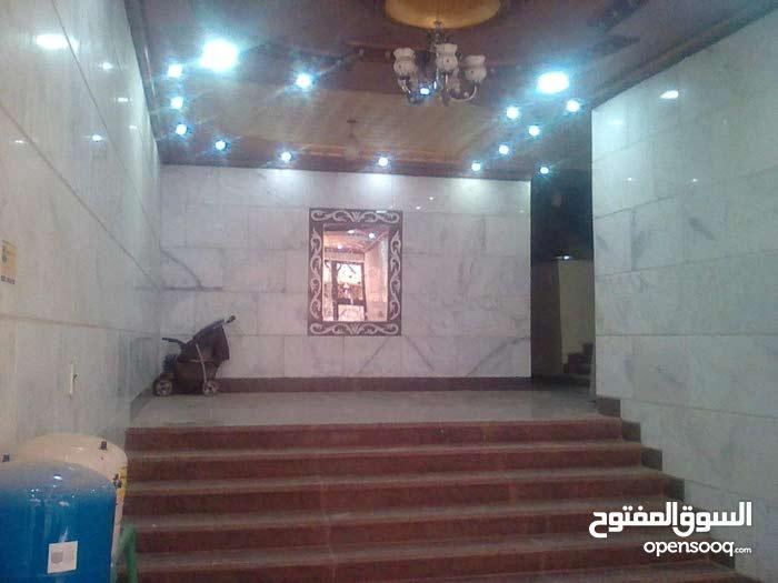 شقه للايجار في فيصل الجيزة طوابق  شارع الأربعين