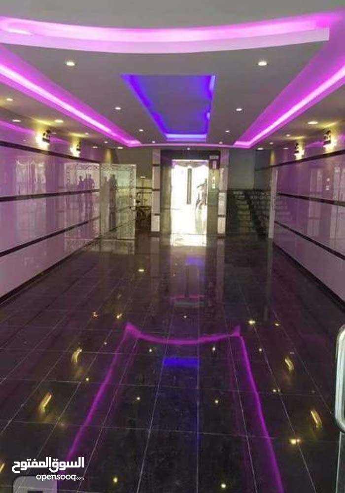 Al Marikh apartment for sale with 5 rooms