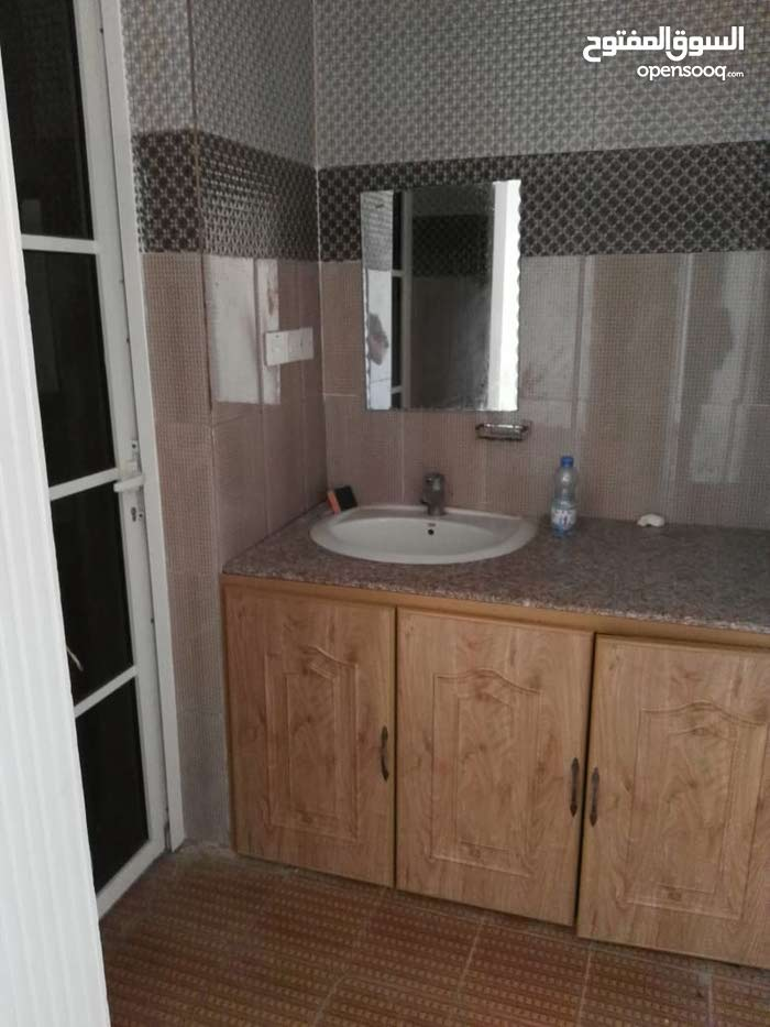5 rooms Villa palace for rent in Salala
