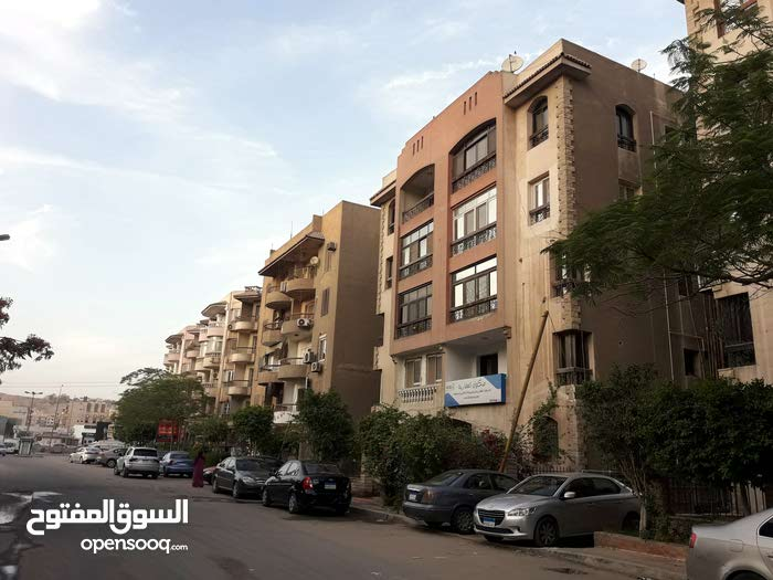 for sale apartment consists of 3 Bedrooms Rooms - Maadi