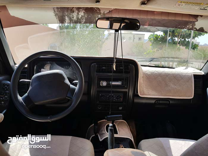 Automatic Jeep 2001 for sale - Used - Al Mudaibi city