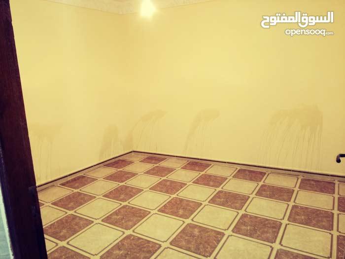 منزل للبيع 1طوابق -  مدينة مغنية