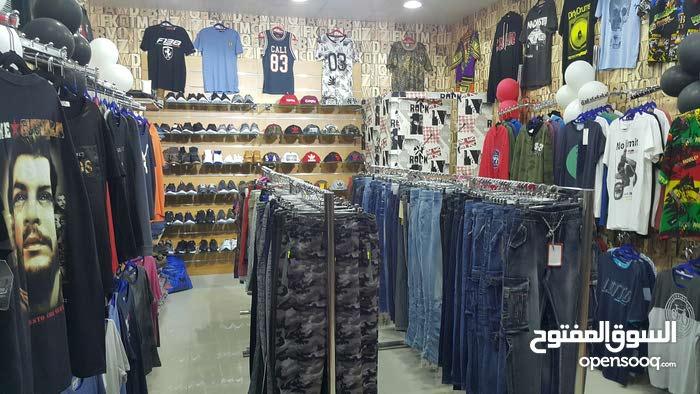 للبيع محل ملابس جاهزة رجالي سوق السيب