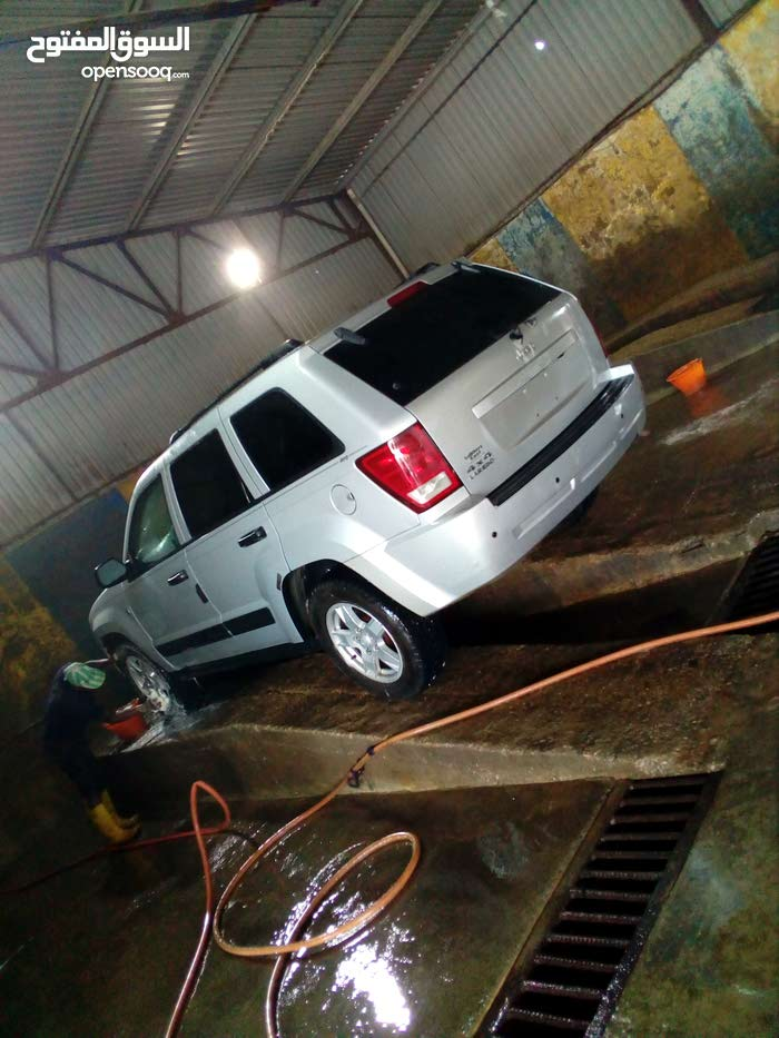 Jeep Grand Cherokee in Tripoli