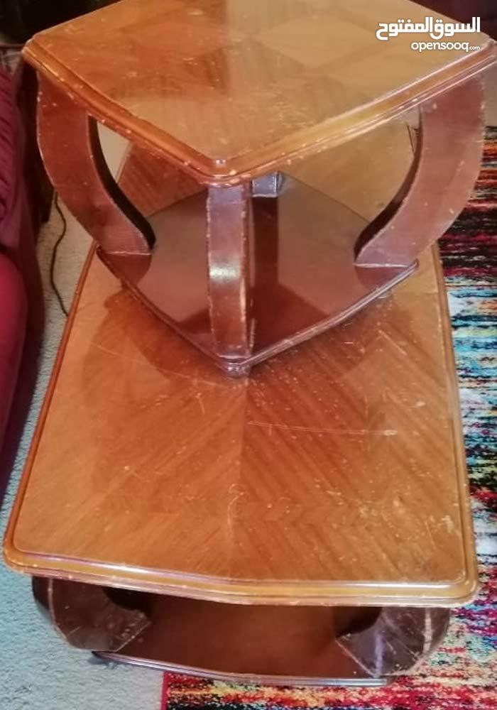 طاولات+تلفزيون للبيع