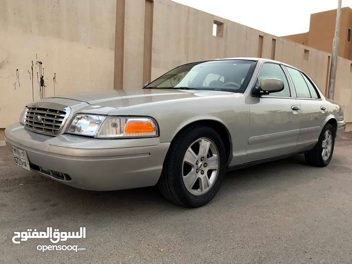 2006 Used Crown Victoria with Automatic transmission is available for sale