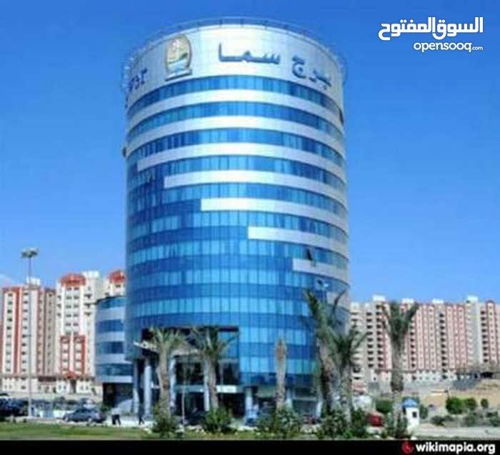 شقة للبيع بكمباوند سما القاهرة 175 متر نص تشطيب