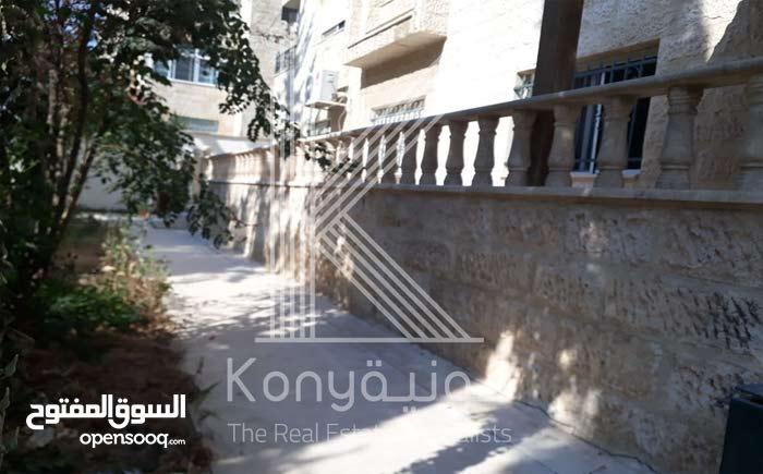 Tla' Ali neighborhood Amman city - 130 sqm apartment for rent
