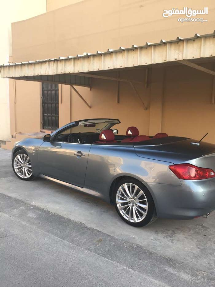 For sale Infiniti Q70 car in Central Governorate