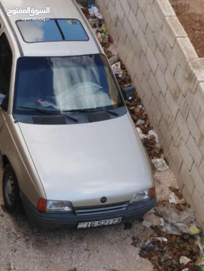 Available for sale! +200,000 km mileage Opel Kadett 1990