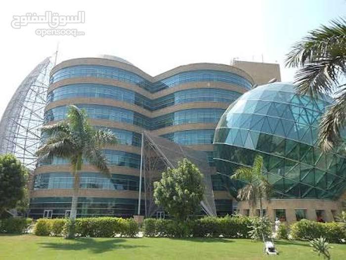 مستشفى كامله للبيع بمدينة نصر بها 4 ترخيصات كامله بالاجهزه